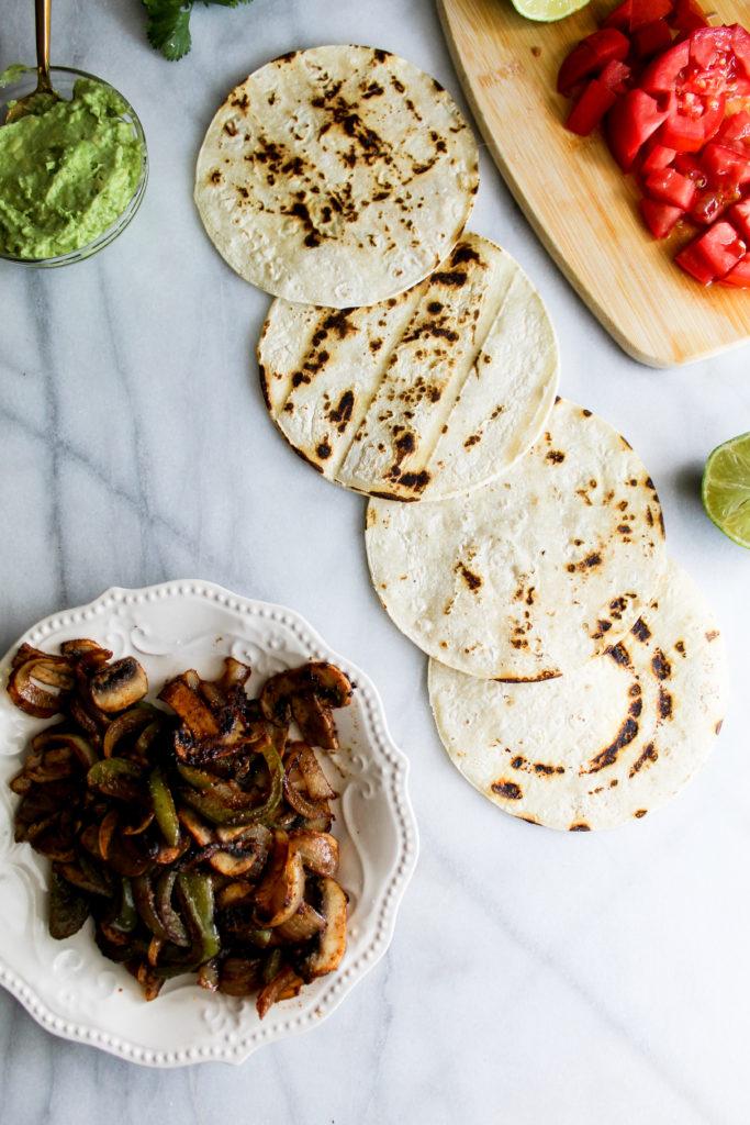 Spicy Breakfast Fajita Tacos ingredients