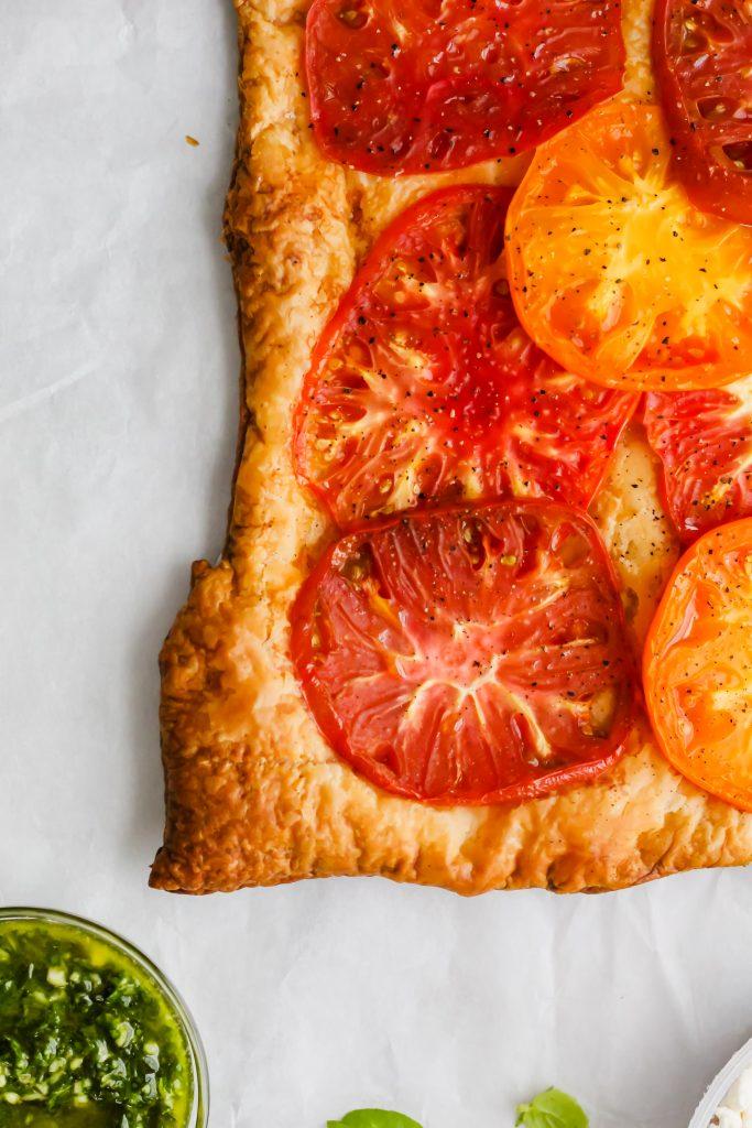 fresh baked heirloom tart with no garnish